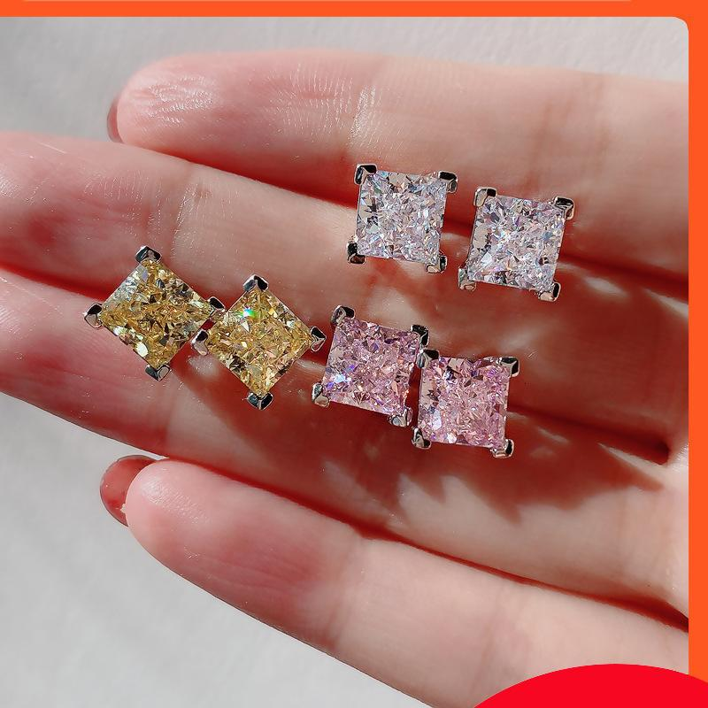 S925 Full Body Silver High Carbon Diamond Diamond Redian Cut Live Color Treasure Princess Square Pietra principale * 7 orecchini femmina