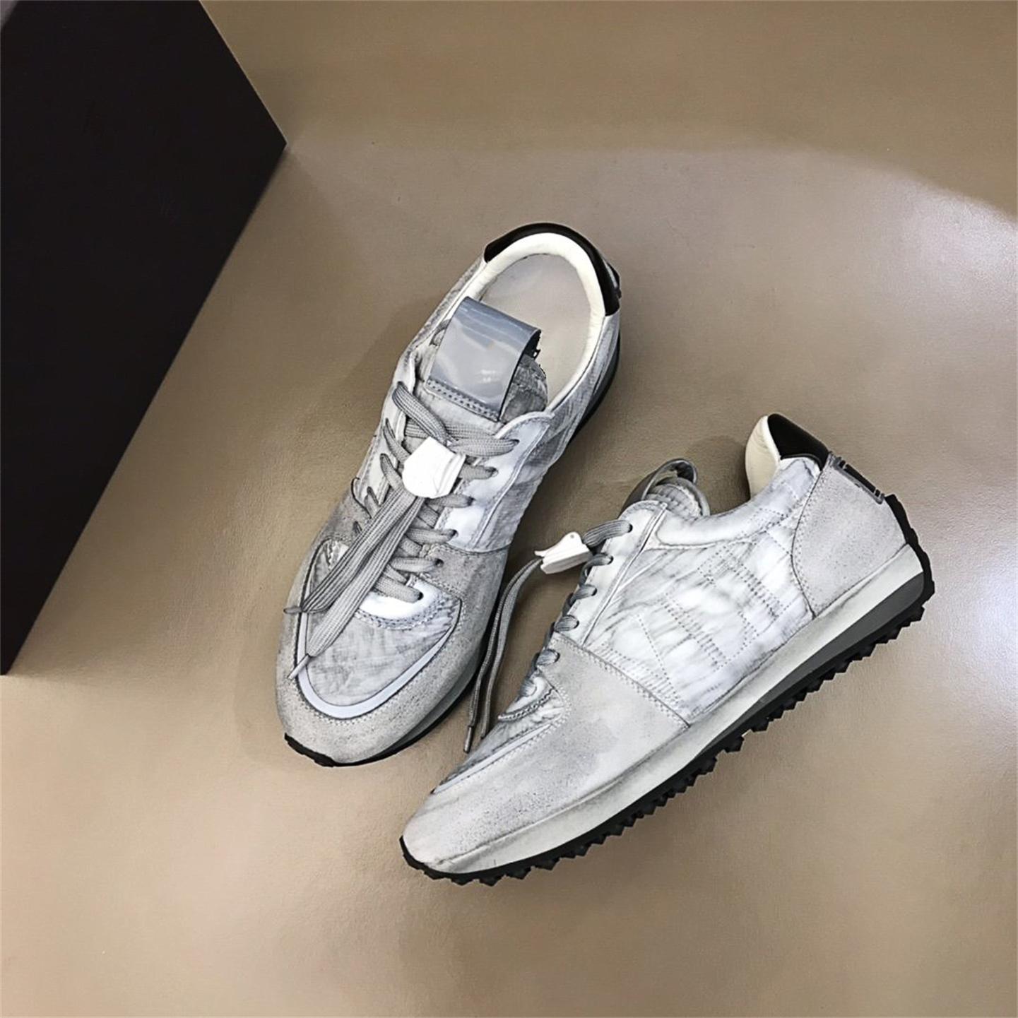 valentino Yüksek Kaliteli Rahat Ayakkabılar Lüks Tasarımcı Sneaker Orijinal Arka Kauçuk Deri Sivri Koşucu Açık Havada Size39-45