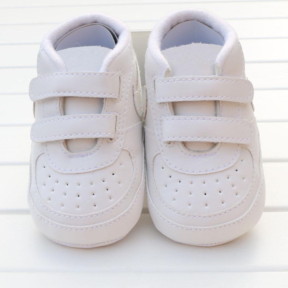 Детская обувь 0-18 месяцев Детские девочки мальчики малыша первые ходунки противоскользящие мягкие здороваемые Bebe Moccasins младенческие кроватки для обуви кроссовки
