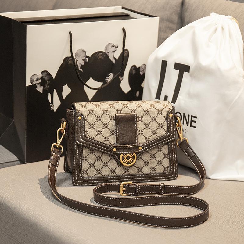 Fábrica Hong Kong Niche Cuero Bolsa de mujer 2021 Nueva Moda Mk Messenger Messenger Bag