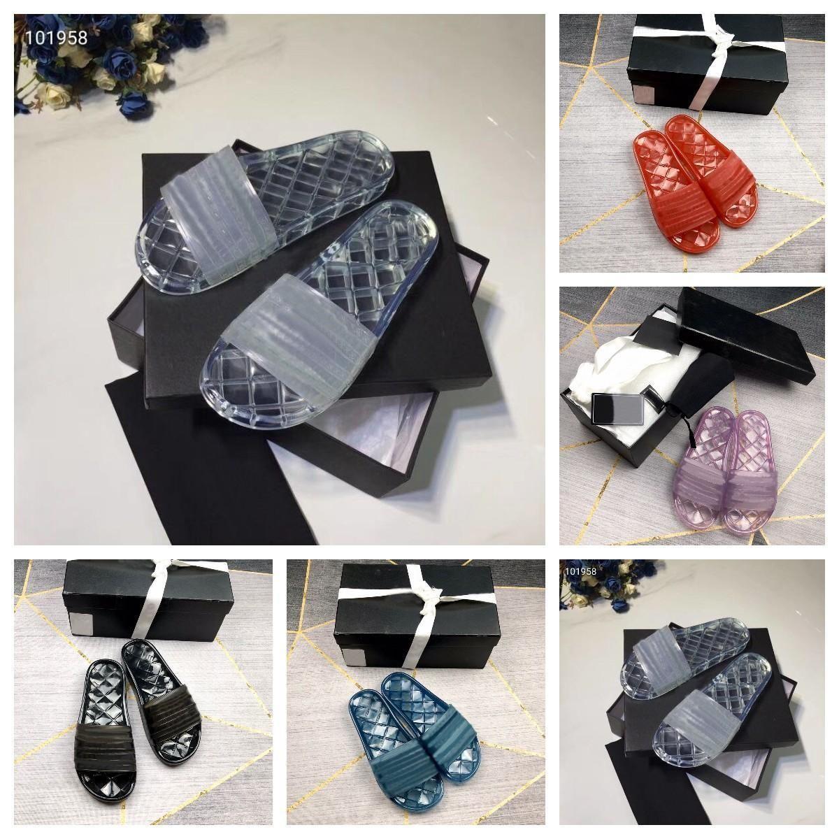 2021 Designer Mulheres Escândalos Jelly Transparente PVC Clear Sandálias Chinelos de Borracha Sandália Floral Brocade Bottoms Flip Flops ao ar livre