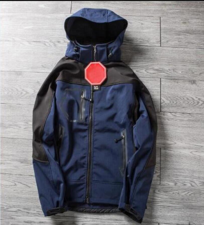2022 Hot softshell giacca invernale mens antivento impermeabile traspirante giacca impermeabile all'aperto caldo bombardiere giacca uomo equipaggia vestiti da caccia plus size