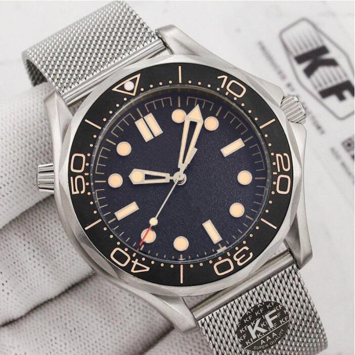 Мужчины Часы Бизнес Автоматические механические Качество Часы Керамическая Безрель Черный Циферблат Световенные Нержавеющие Уооосзрачные Наручные часы