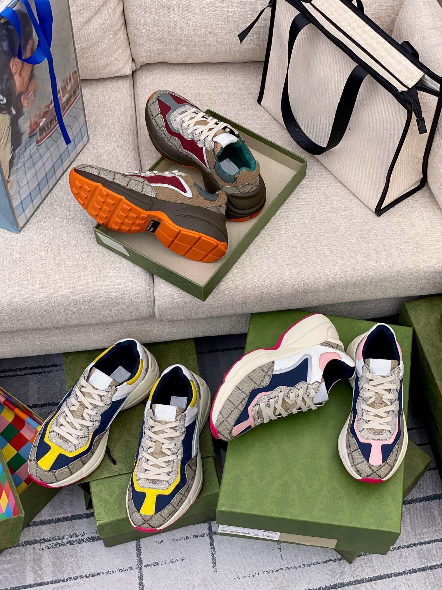 2021 Tasarımcı Ayakkabı Rhyton Sneakers Bej Erkekler Eğitmenler Vintage Lüks Chaussures Bayanlar Kutusu Boyutu 35-45