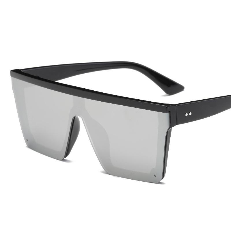 Beste Verkauf 2021 Top Fashion Square Womens Sonnenbrille Nieten Flache Linse Spiegel Stock Sun Gläser Eine Stücke