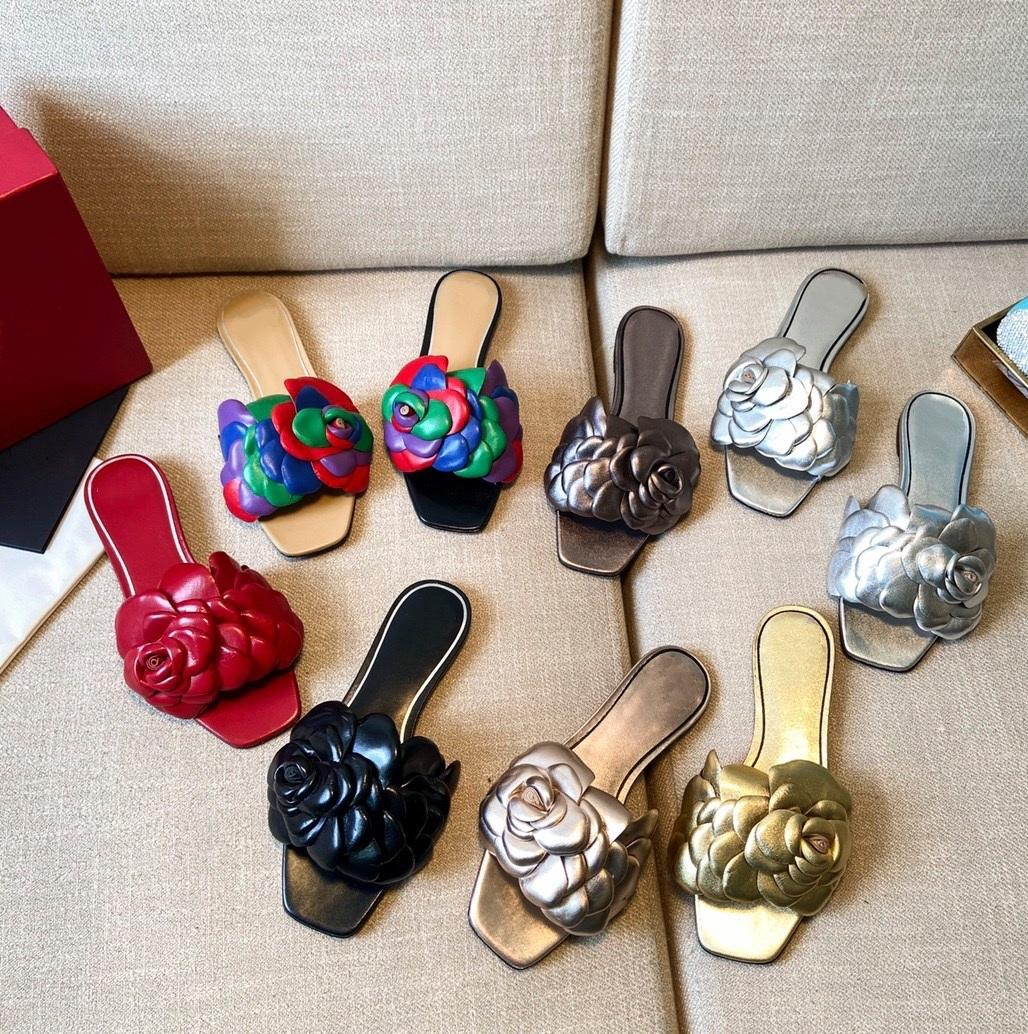 Luxury Fashion Lady Slipper, zapatillas de flores de piel de oveja de alta calidad. Muchos colores tacones planos tacones medios zapatos para el verano. Cueros genuinos sandalias suela