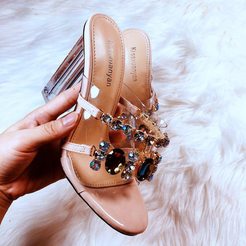 العلامة التجارية مصمم المرأة الصيف الأحذية المفتوحة تو شفافة pvc الفاخرة الكريستال كتلة عالية الكعب النعال الصنادل الفضية كبيرة 42 عارية