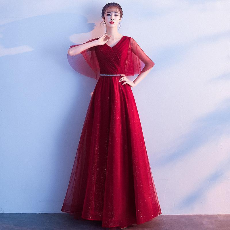 Ropa Tostadas 2021 Vestido de novia de primavera Elegante Temperamento Pequeño Cuello en V Etapa Grupo Chorus Rendimiento Étnico