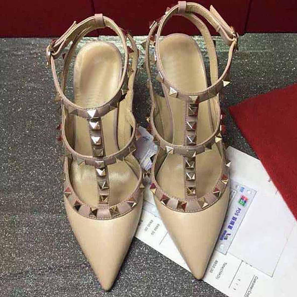 Высокие каблуки заклепки сандалии женские шпильки 9,5 см Высокие каблуки платье обувь вечеринка мода заклепки девушки сексуальные рок заостренные носки обувь пряжка платформа насосы свадьба
