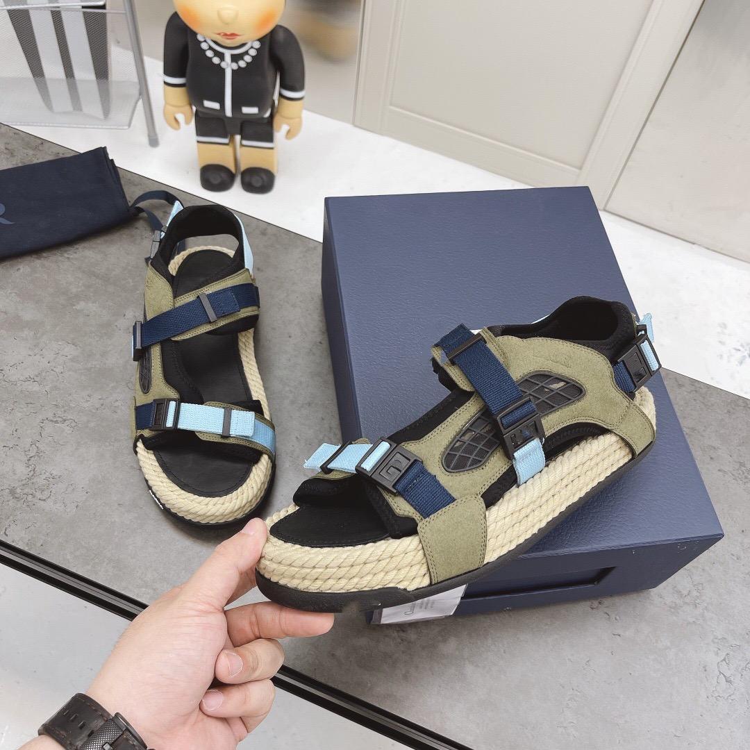 2021 Yeni Plaj Sandalet Erkekler Ve Kadınlar Için Saman Dokuma Velcro Çiftler Ekleme Renk Eşleştirme Günlük Rahat Toe Schine Retro Eski Ayakkabı