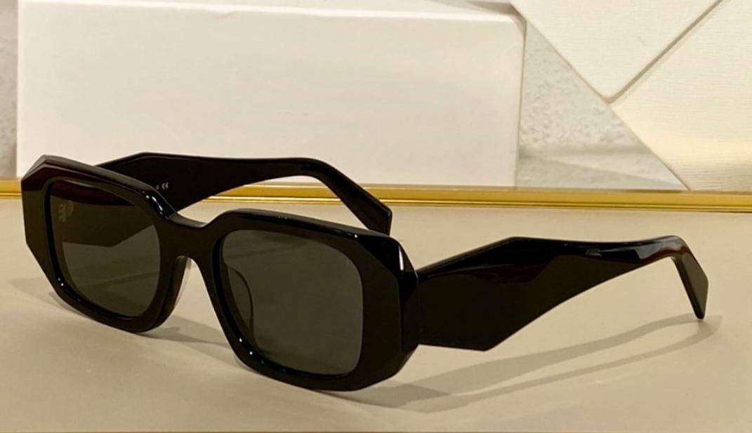 17W Negro Gris Square Gafas de sol Diseño 51mm Mujer Moda Gafas de sol UV400 Eyewear con caja
