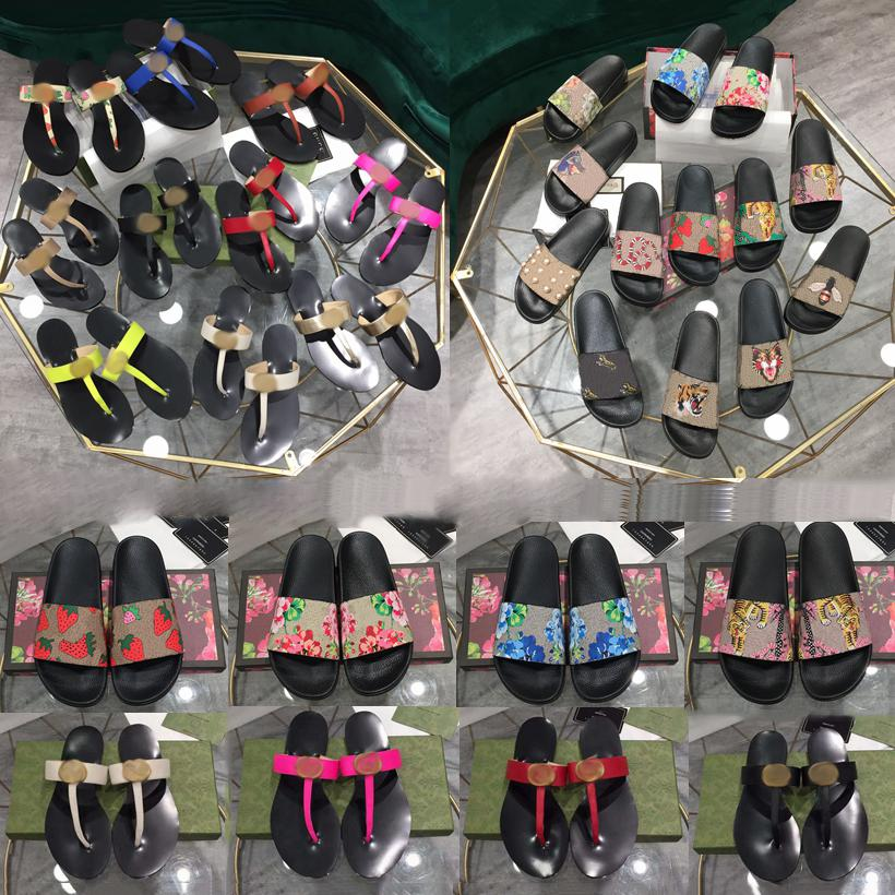 Klasik Kadınlar Erkek Hipster Plaj Sandalet Terlik Bayanlar Slaytlar Çift Mektup Arı Metal Yaz Dişli Dipleri Çevirme Moda Ayakkabı Bayan Loafer'lar