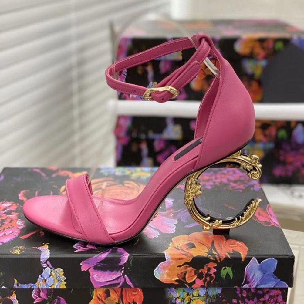 الكلاسيكية النساء النعال الأزياء والأحذية شاطئ سميكة أسفل شبشب الأبجدية سيدة الصنادل جلدية عالية الكعب الأحذية 02