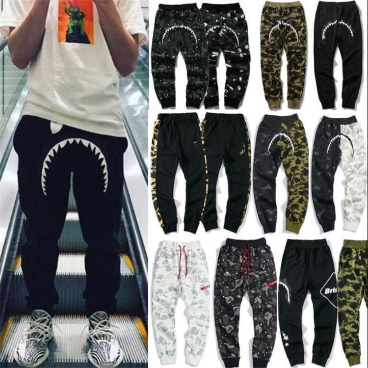 Automne Designer Camouflage Pantalons lumineux Homme Casual Slim Leggings Sports de mode