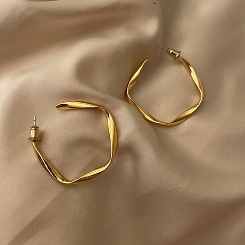Anillo Daily Mobius New Art Light French Brass Twist Twist Pendientes de anillo