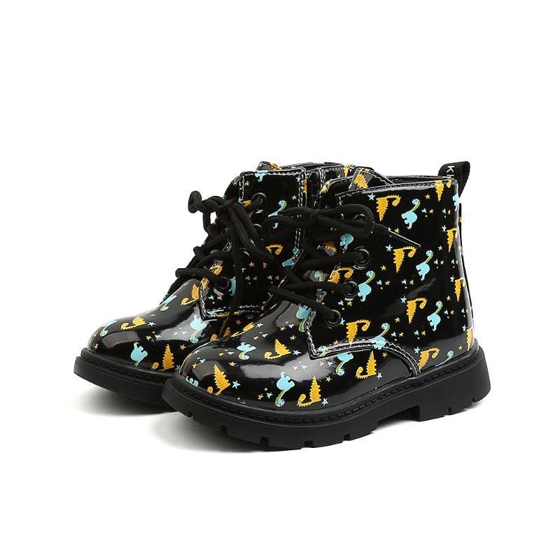 Botas cortas a prueba de agua de cuero 2021 Otoño Invierno Dibujos animados Non-Slipboy Boys Moda Zapatillas de mujer Sneaker del estudiante
