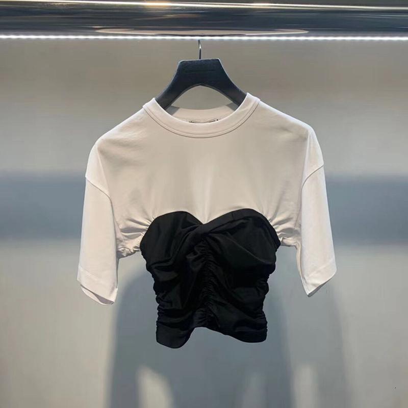 Aw King 2021 Printemps Summer Nouveau Couture Noir et Blanc Couture Slim Tempéramment rond Rond T-shirt à manches courtes irrégulière