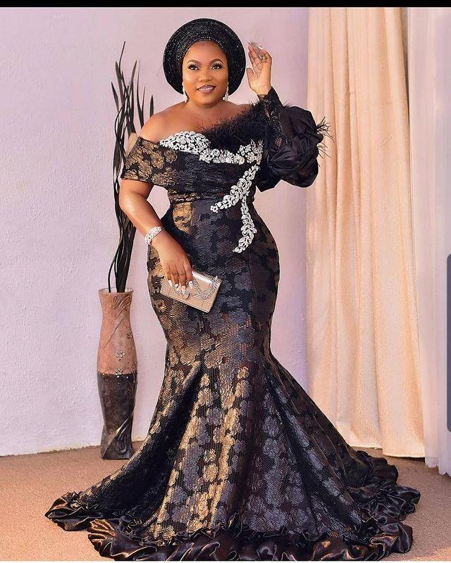 2021 Plus Size Arabic Aso Ebi Mermaid Black Sexy Prom Dresses Crystals Feather Lace Evening Formal Party Second Reception Gowns Dress ZJ707