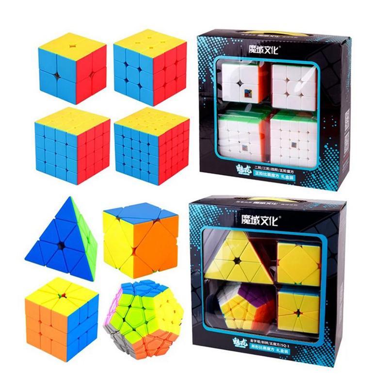 Giocattolo di marca 4pcs Speed Cube Set Moyu Mofangjiaoshi 2x2 3x3 4x4 5x5 Meilong Cubi magici Pyramid Skew Megaminx SQ1 Imballaggio Giocattoli educativi