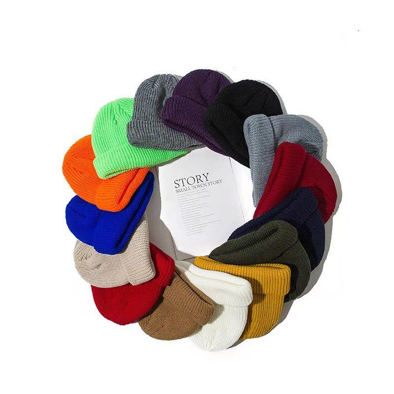 Chapeaux tricotés pour femmes Skullcap Hommes Bonnet Heanie Hiver Retro Sans Bretelles Boucle de melon Cuff Cuff Steamer Sonneaux Chapeaux pour hommes 1008 Z2
