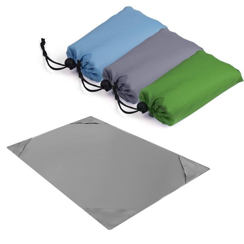 Наружные подушки Прибытие Водонепроницаемый Портативный Пляжный Одеял Кемпинг Коврик для пикника Магический матрас легко нести