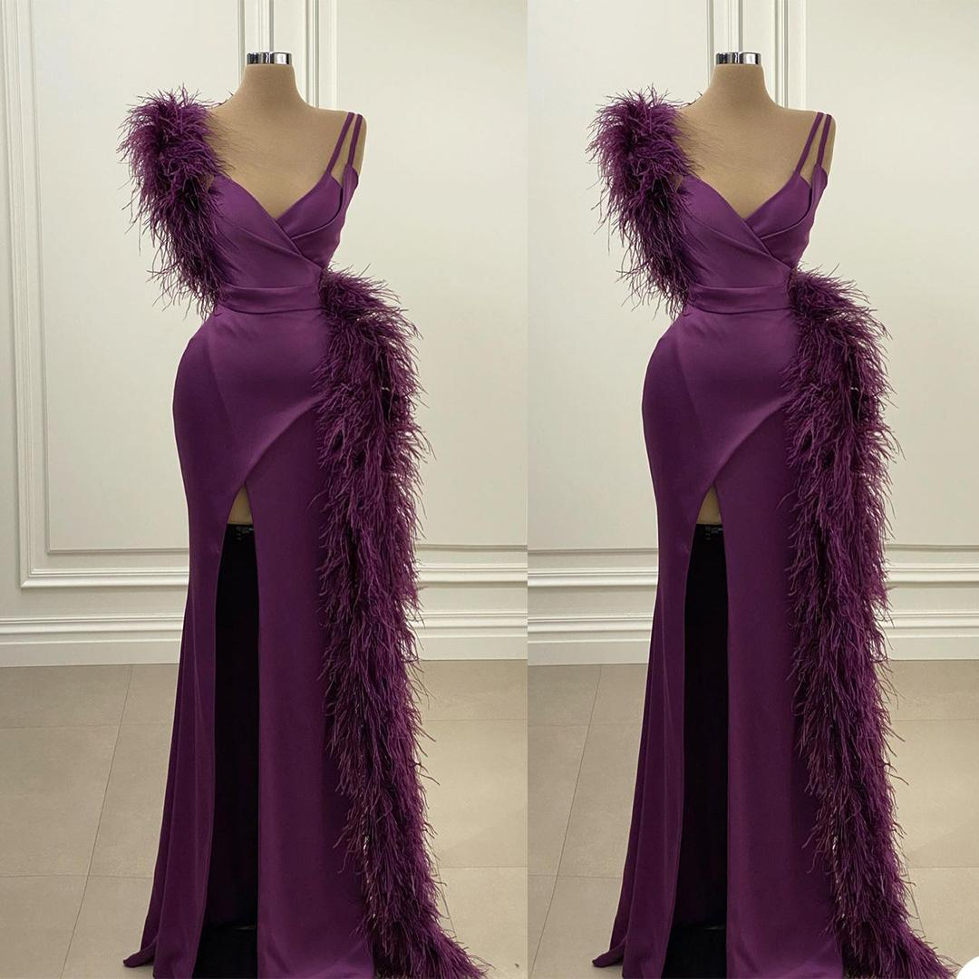 Feather Mermaid Evening Dress V Neck Side Split Prom Gowns Sexy Blackless Red Carpet Party Dresses