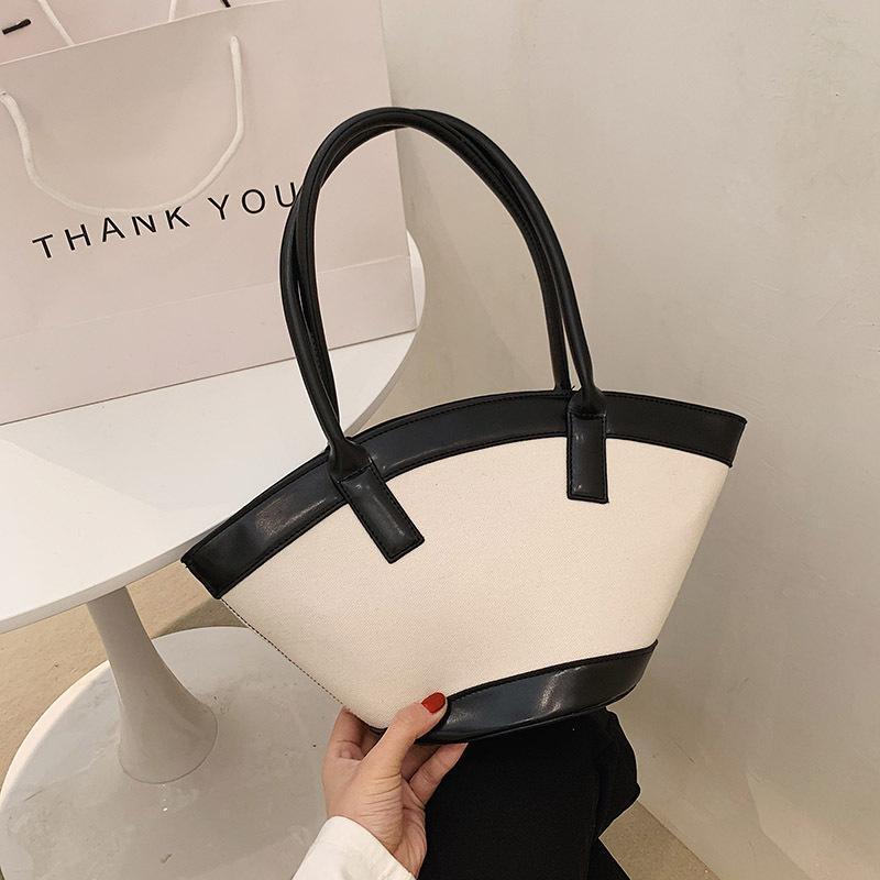 Evening Bags Fashion French Simple Portable Shell Bag 2021 Large-capacity Women Handbags Casual Convenient Underarm Bolsa Feminina Cc