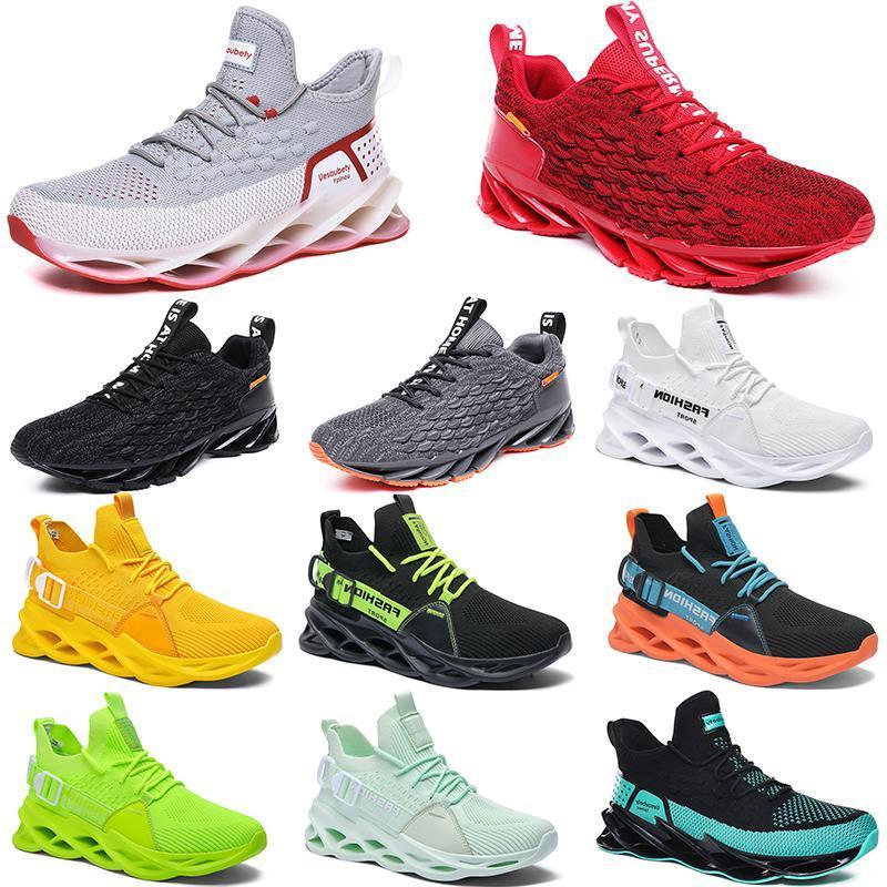 2021 الرجال الاحذية الثلاثي أسود أبيض أزياء رجالي المرأة العصرية المدربين العظماء تنفس عارضة الرياضة في الهواء الطلق أحذية رياضية Type79