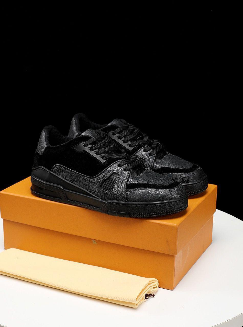 2021 مصمم أزياء فاخرة عالية الجودة أحذية رياضية عارضة أحذية ماركة عدم الانزلاق الدانتيل متابعة السائدة تنفس تنفس مريحة