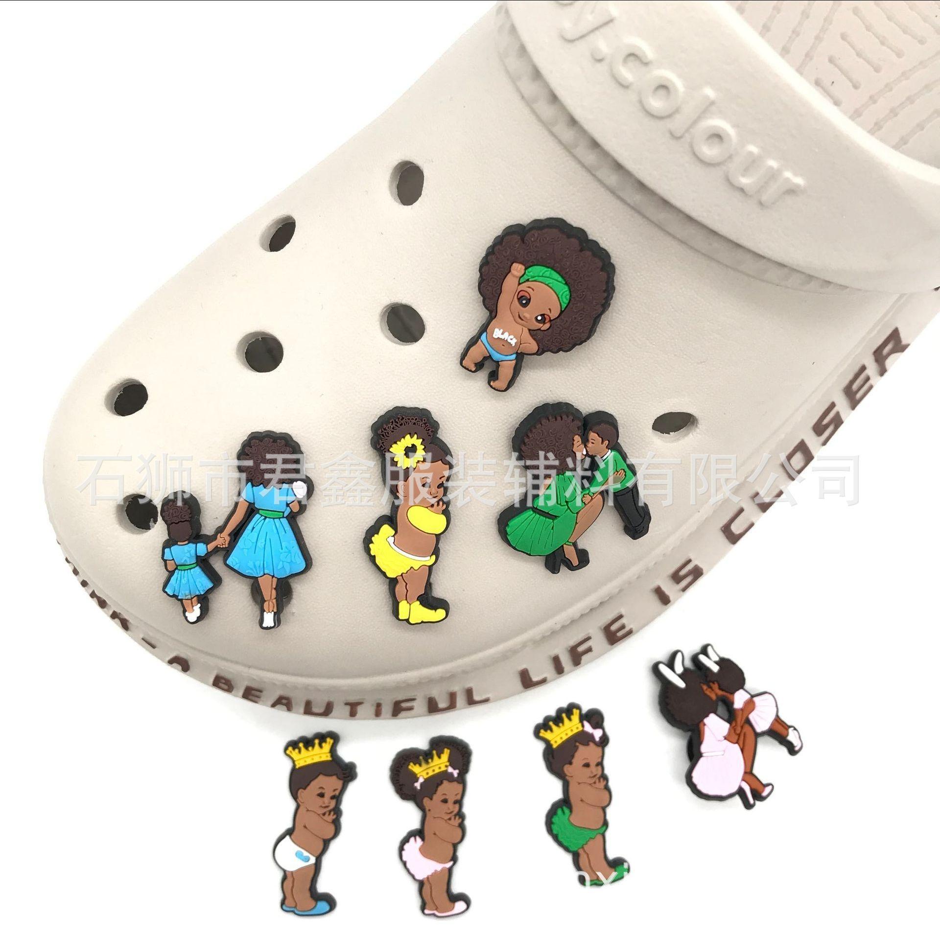Black Lives Matter Shoe Charms BLM Black Girls Donne PVC Pin Pins Scarpe Decorazione per Croc Braccialetti Nero Baby Boy Girl Girl Favors Bomboniere Compleanno Gifts DHL GRATIS
