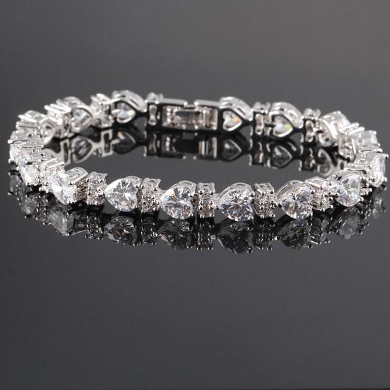 Choucong Brand Unique Luxury Jewelry 18K White Gold Fill Wedding Bracelet Muliti Color 5A Zircon CZ Diamond Gemstones Party Sapphire Heart Women Bangle Gift