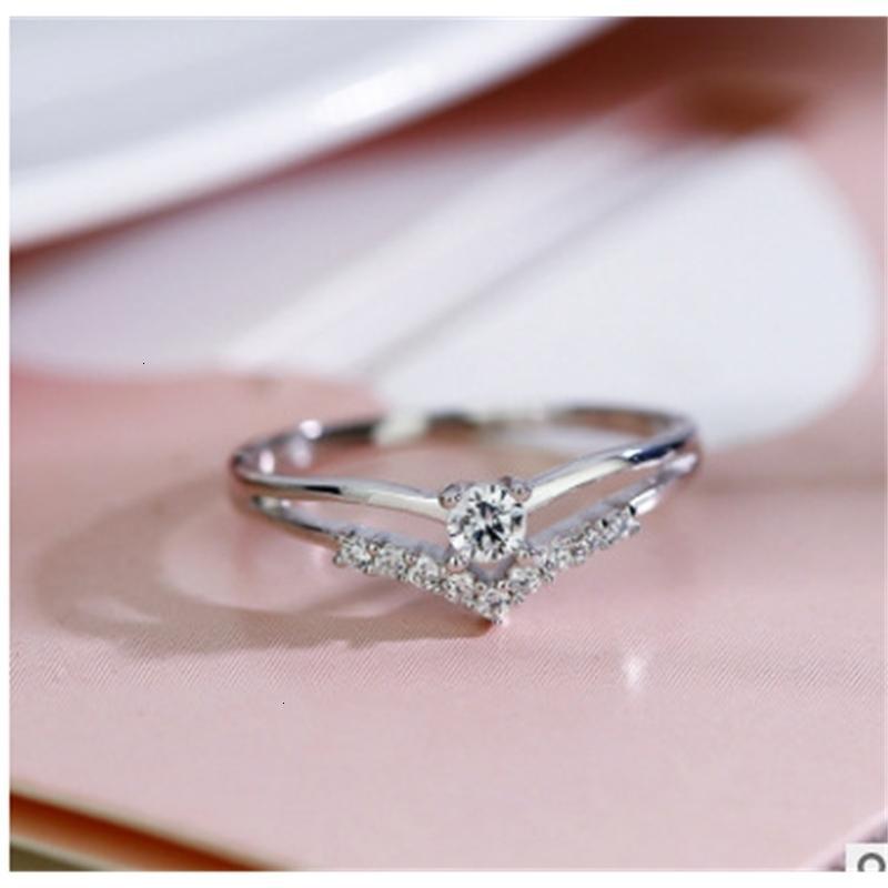 Ring Diamond Luoken Flash AAA Zirkon Kreativer V-förmiger Herz Engagement Schmuck
