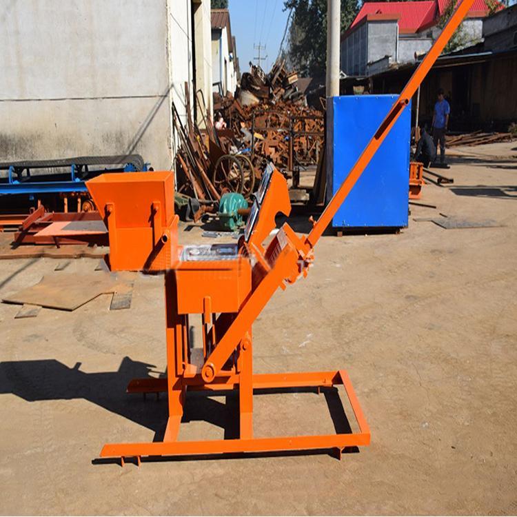Manuel Sıkıştırılmış Dünya Blok Makinesi Manuel Kilit Tuğla Makinesi ve Manuel Kil Tuğla Yapma Makinesi
