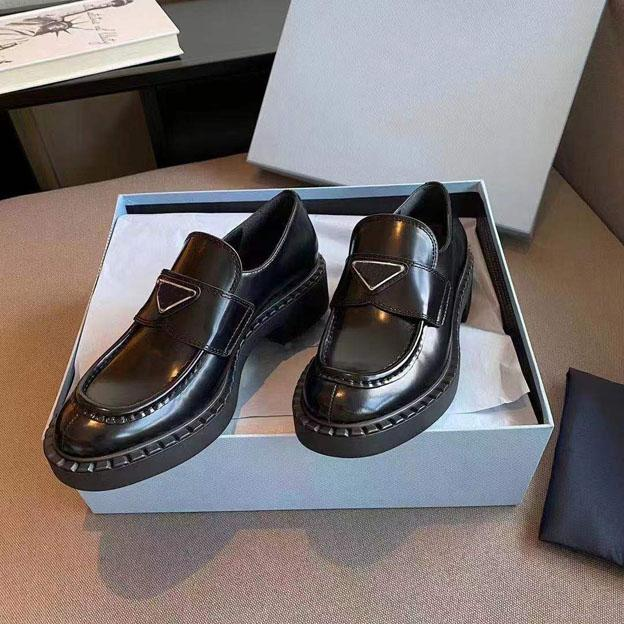 2021 scarpe formali a testa alta con suole da donna in pelle di alta qualità in pelle antiscivolo 35-41