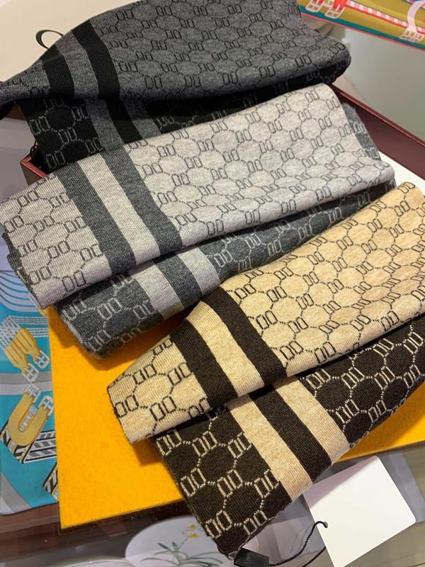 Hoher Qualität Seidenschal 4 saisonale Schals Herren- und Damen-langhalser Kleeschals-Schals 3 Farben erhältlich mit Box