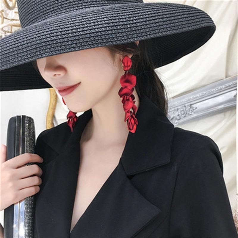 Yeni Trend Tasarımcısı Avrupa ve Amerika Sıcak Moda Yeni Seksi Kırmızı Reçine Yaprakları Küpe Kadın Bohemian Tarzı 1138 Q2