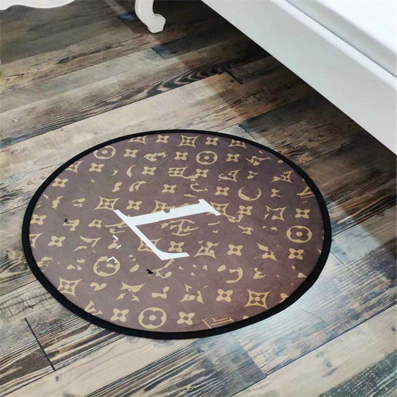 홈 문 카펫 럭셔리 디자이너 발 깔개 클래식 스타일의 호텔 편지 패턴 없음 슬립 매트