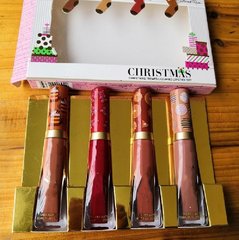 1 قطع عيد الميلاد ماكياج الشفاه لامع أحمر الشفاه الحلو رائحة يعامل سال مذابة ماتي 4 ألوان مجموعة هدية