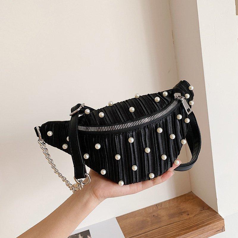 حقائب الخصر المرأة مطعمة اللؤلؤ حزمة الساتان الفاخرة الصدر أنثى مصمم حقيبة سلسلة واحدة قطري فاني