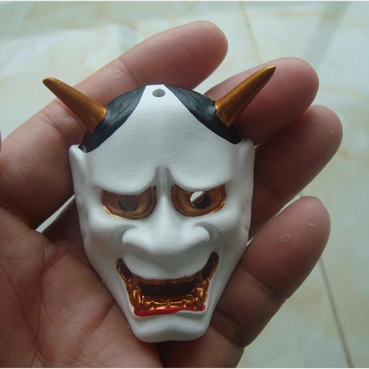 Характеристики Черная Белая Маска Подвеска, Национальная улыбка Лицо Ожерелье и ветер Суши Приготовление призрака Head Prajn