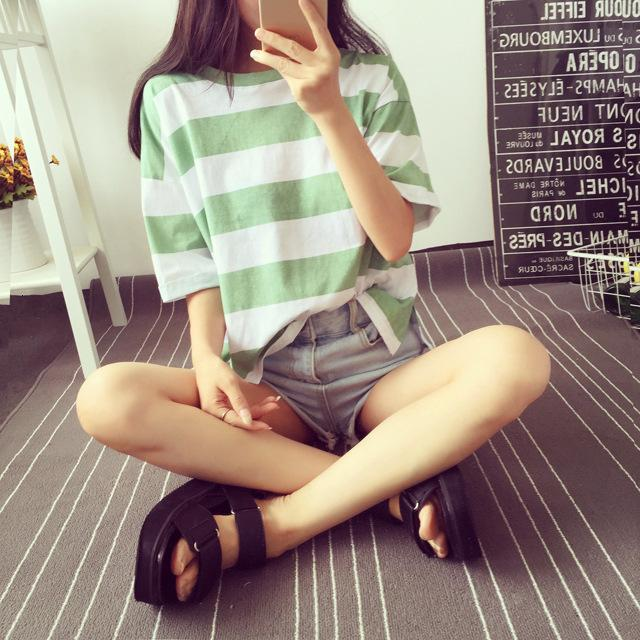 T-shirt à manches courtes à rayures de femme Femmes 2021 été Vêtements en vrac Coréen Top Mode Femme