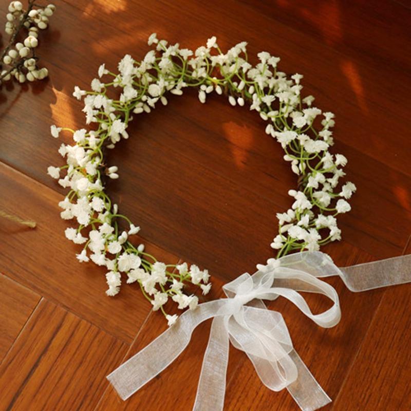 Yapay Garland Çelenk ile Beyaz Şerit Kız Çiçek Taç Pembe Mavi Babysbreath Düğün Dekorasyon Gelin Başlığı Şapkalar Parti Tatil Aksesuarları Için