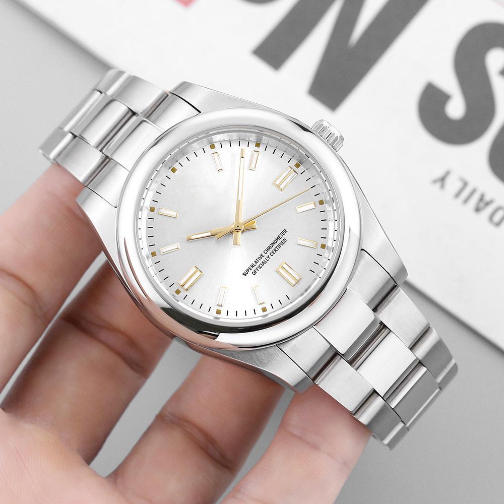 Luxurys Neue Herren 2813 Automatische Bewegungsuhr Selbstwind Männer Mechanische Uhren Modesport SS Fashion Designer Armbanduhren Neue