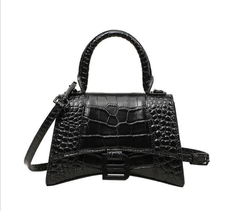 Diseñadores de lujos bolsas de cocodrilo Modelo de cocodrilo Moda de moda Bolso de cuero genuino de moda Tote pequeño B Monedero de hebilla
