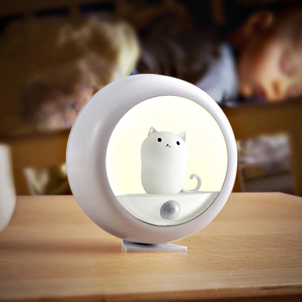 Night Light Motion Sensor LED Lampe pour enfants Accueil Escalier Armoire Chambre Décoration Nightlight Eclairage de toilette USB Rechargeable