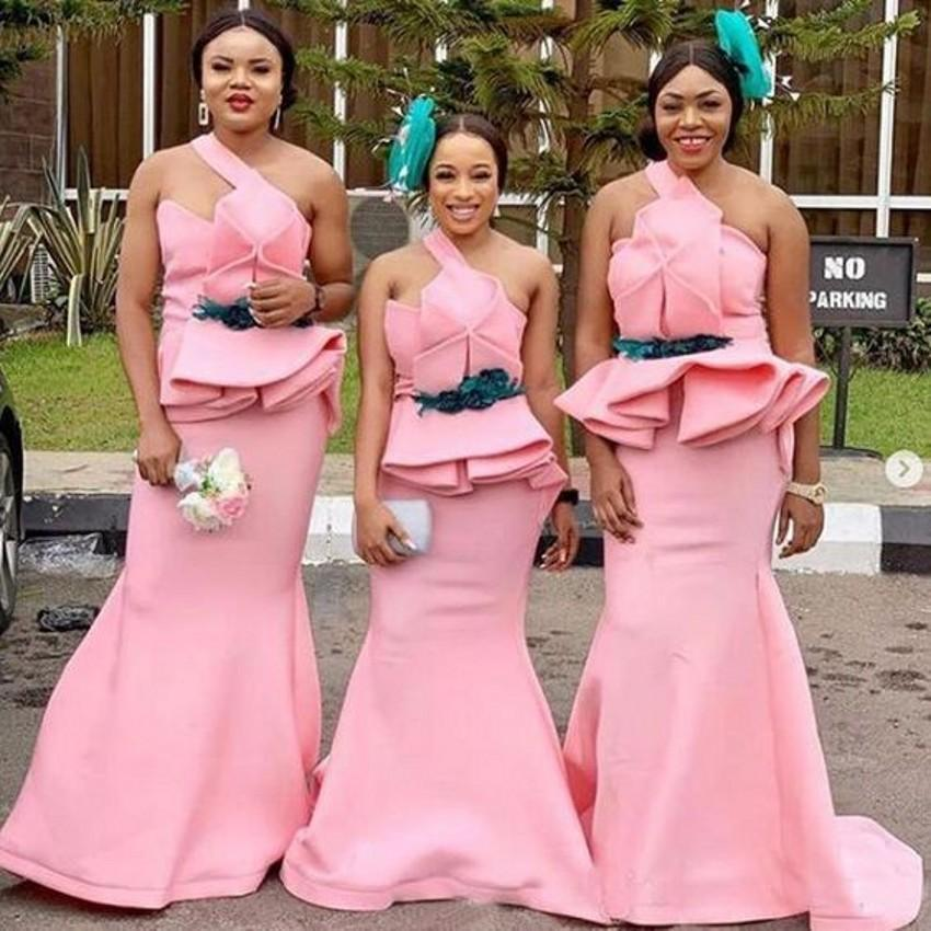 2021 Modest Pink Plus size Mermaid Bridesmaids Dresses One shoulder South African Satin Ruched Floor Length Country Garden Prom Evening Party Dress