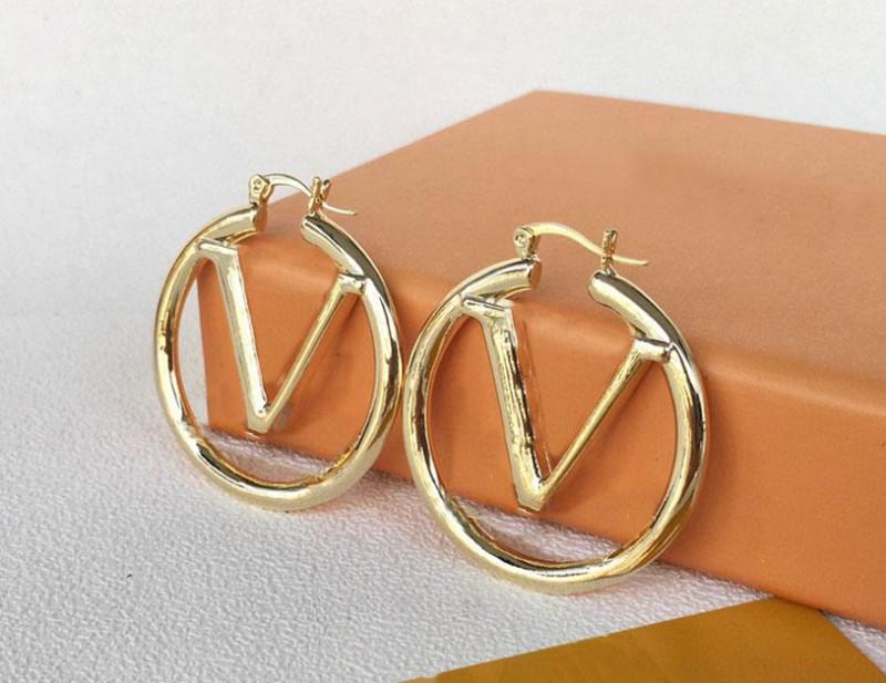 2021 Luxury designer Earring for women gold hoop earrings charm stainless steel jewelry high quality wedding bride womens stud ear cuff dangle earings