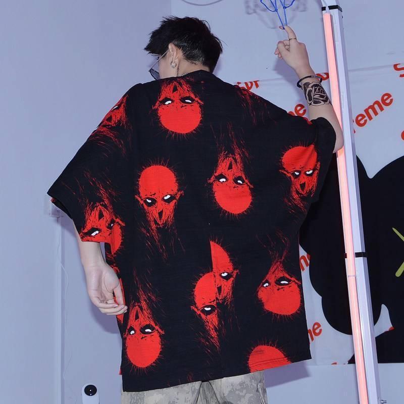 Tops Summers Büyük Japon Boyutları Hip Hop Erkekler Pamuk T-Shirt Kore Gömlek Gevşek Siyah Tişört Streetwear