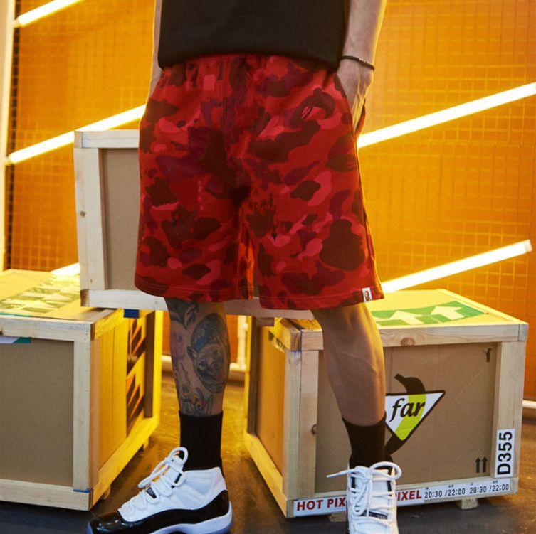 2021 Pantaloncini estivi Abbigliamento da uomo Trend Versatile Nuovo Pantaloni da spiaggia Capris Pantaloncini Casual Shorts da uomo Pantaloncini da uomo