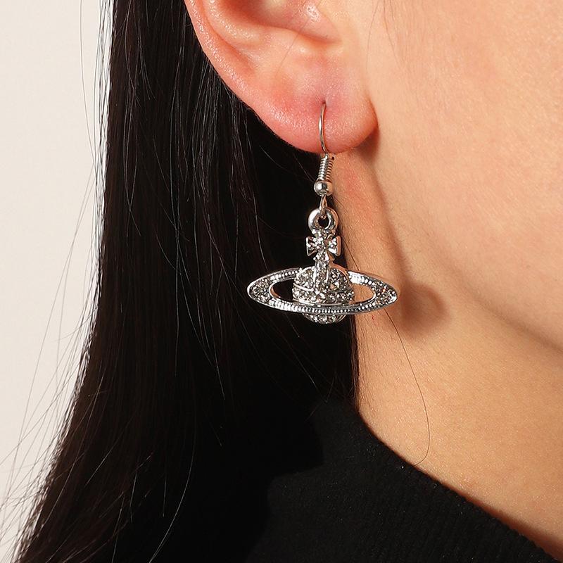 Moda Saturno Diamond Stud Earring Personality Planet Creative Hanging Jewelry Accessori da sposa da donna